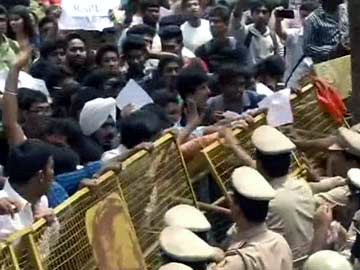 abvp_protests_blore