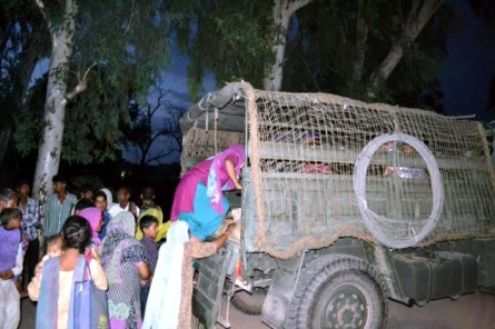 pak shelling army evacuates vill