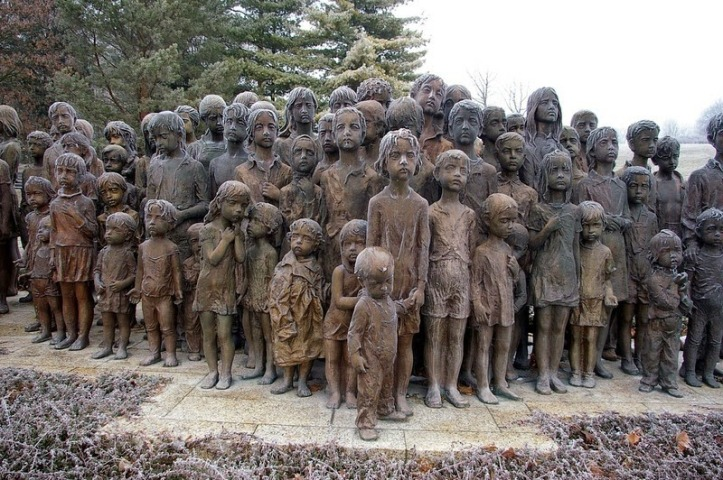 Memorial to Child War Victims
