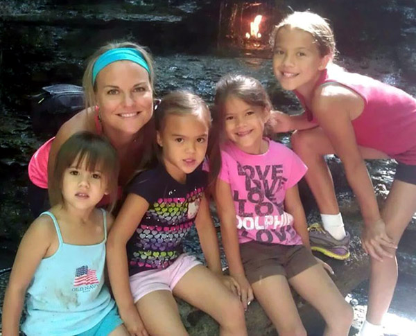 mom-adopts-4-daughters-brain-cancer-death-best-friends