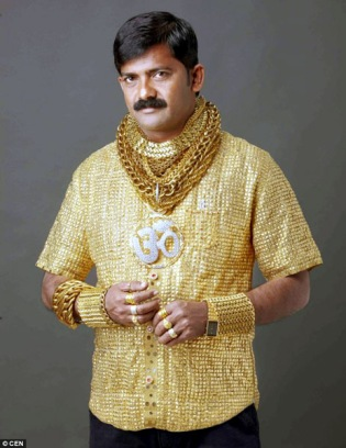 politico wearing gold shirt