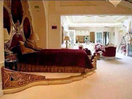 Chennai CM's bedroom