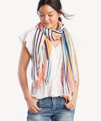 scarf n girl